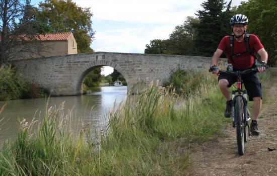 Balade velo canal du Midi en Languedoc Occitanie