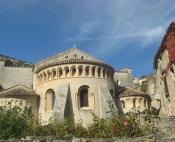 Arrivée sur St Guilhem le Désert dans les Gorges de l'Hérault