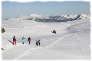 Le Canigou, sommet emblematique des Pyrenees Orientales